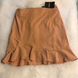 Forever 21 blush skirt